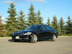 Test Drive: 2012 Mercedes Benz S 350 Bluetec Diesel car test drives reviews mercedes benz luxury cars diesel