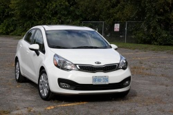 Test Drive: 2012 Kia Rio Sedan kia