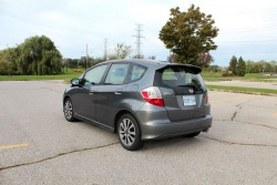 Test Drive: 2012 Honda Fit car test drives reviews honda