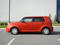 Test Drive: 2012 Scion xB Release Series 9.0 car test drives scion reviews