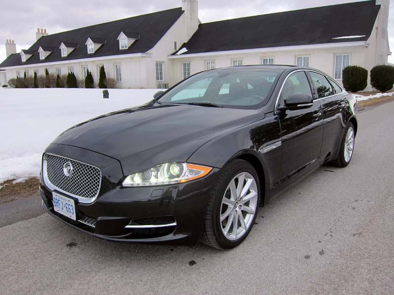 New York City-2013 Jaguar XJ