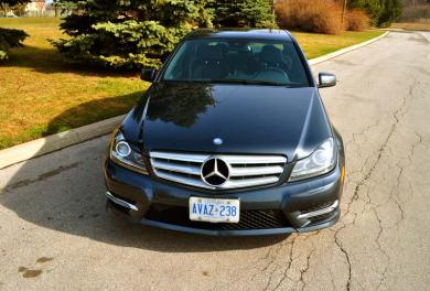Mercedes-Benz C350 4Matic