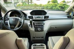 Test Drive: 2013 Honda Odyssey Touring car test drives reviews honda