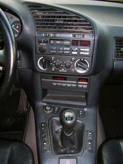 1993 BMW 320i