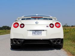 Test Drive: 2013 Nissan GT R reviews nissan car test drives