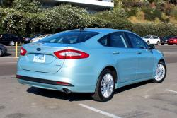 First Drive: 2013 Ford Fusion Hybrid hybrids ford first drives