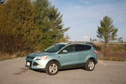 Day by Day Review: 2013 Ford Escape SE 4WD car test drives ford daily car reviews