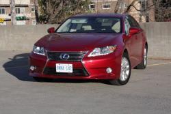 Test Drive: 2013 Lexus ES 300h reviews luxury cars lexus hybrids car test drives