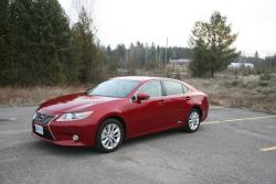 Day by Day Review: 2013 Lexus ES300h car test drives lexus daily car reviews