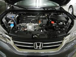 Test Drive: 2013 Honda Accord Sedan Touring car test drives honda