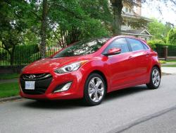 Test Drive: 2013 Hyundai Elantra GT SE car test drives reviews hyundai