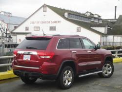Test Drive: 2013 Jeep Grand Cherokee Overland V8 reviews jeep car test drives