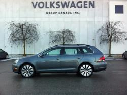 Test Drive: 2013 Volkswagen Golf Wagon Sportline reviews