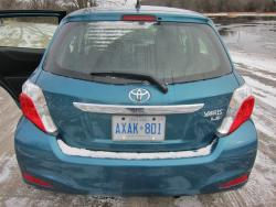 2013 Toyota Yaris Hatchback 5-Door LE