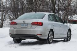 Northern Exposure: 2013 Volkswagen Jetta Hybrid Highway Drive volkswagen videos car test drives reviews hybrids