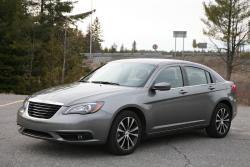 2013 Chrysler 200S