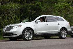 First Look: 2013 Lincoln MKT and MKS lincoln