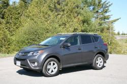 Day by Day Review: 2013 Toyota RAV4 XLE toyota car test drives daily car reviews