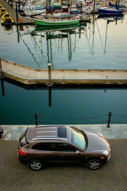 Double Road Trip: 2013 Porsche Cayenne Diesel, New York City & Victoria, BC travel car test drives porsche luxury cars