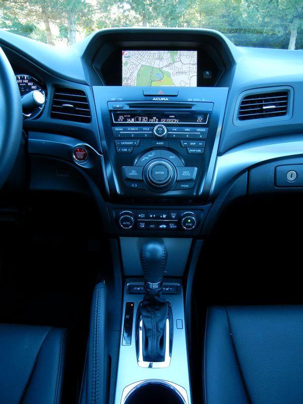 2013 Acura ILX 2.0 Tech