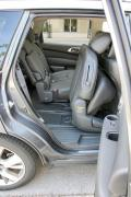 2014 Nissan Pathfinder Hybrid 2nd row with seat forward