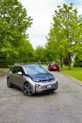 Quick comparison: 2014 BMW i3 vs Chevrolet Volt luxury cars hybrids electric green news car comparisons chevrolet bmw