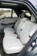 2014 Mercedes-Benz ML350 BlueTEC rear seats
