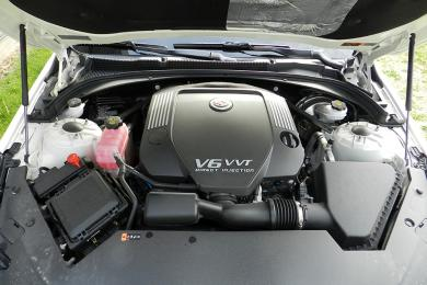 2014 Cadillac ATS engine bay