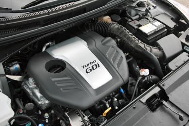 2014 Hyundai Veloster Turbo engine bay