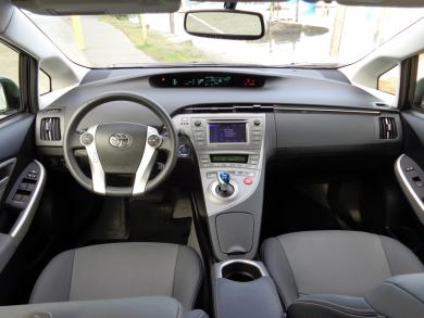 Test Drive: 2014 Toyota Prius toyota car test drives hybrids