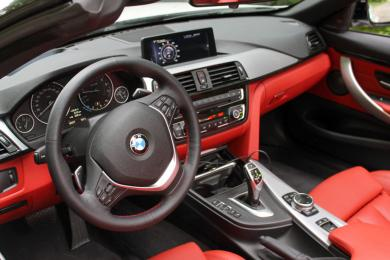 2014 BMW 428i xDrive Cabriolet dashboard