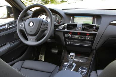 2015 BMW X4 xDrive35i driver's seat