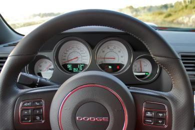 2014 Dodge Challenger R/T Shaker steering wheel & gauges