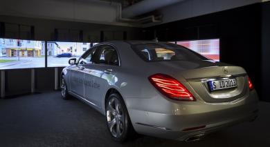 Mercedes-Benz S-Class driving simulator