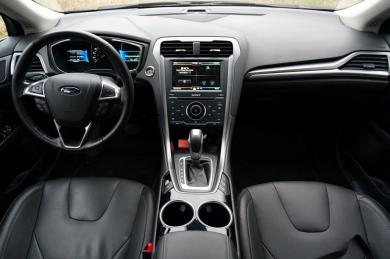 2014 Ford Fusion Energi interior full dash