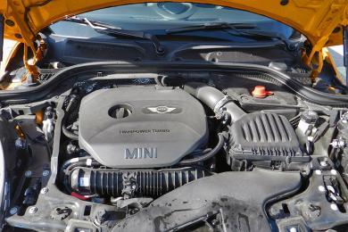 2014 Mini Cooper S engine bay