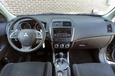 Test Drive: 2014 Mistubishi RVR Limited Edition car test drives mitsubishi