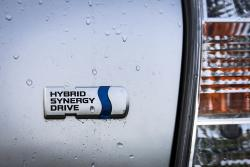 Test Drive: 2014 Toyota Prius V toyota hybrids car test drives