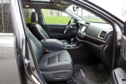 2014 Toyota Highlander Limited front seats