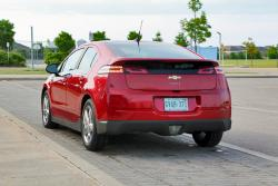 Test Drive: 2014 Chevrolet Volt car test drives hybrids electric green news chevrolet