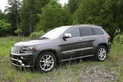 Day by Day Review: 2014 Jeep Grand Cherokee Diesel trucks car test drives jeep daily car reviews