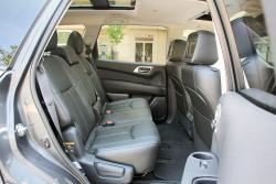2014 Nissan Pathfinder Hybrid 2nd row