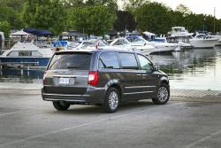 Test Drive: 2014 Chrysler Town & Country Touring 30th Anniversary car test drives chrysler