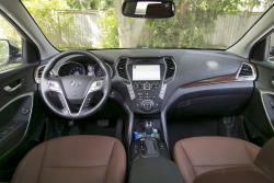 2014 Hyundai Santa Fe XL dashboard