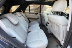 2014 Mercedes-Benz ML 350 Bluetec rear seats
