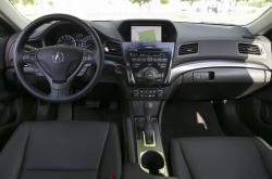 2014 Acura ILX 2.0 Tech dashboard