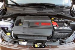 2014 Fiat 500c Lounge engine bay