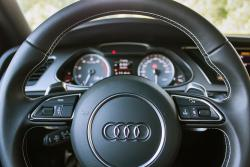 2014 Audi S4 Technik steering wheel detail