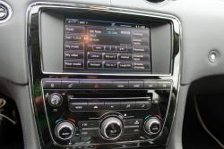 2014 Jaguar XJ L Meridian audio