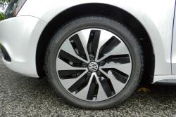 2014 Volkswagen Jetta Hybrid Highline wheel